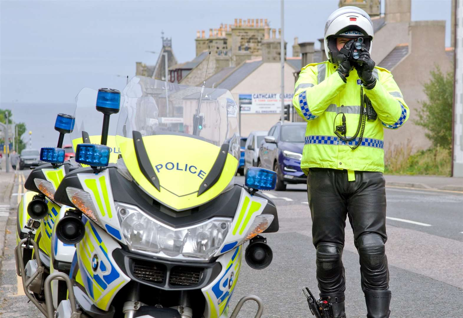 Police to crack down on speeding motorists outside schools