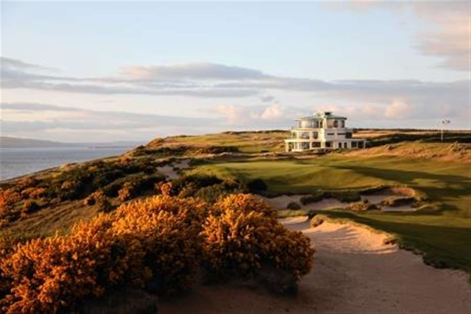 'Limited' places for Castle Stuart Open as golf event proves pulling power