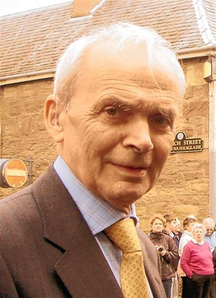 Tribute pour in following death of John F, 'a true Highland