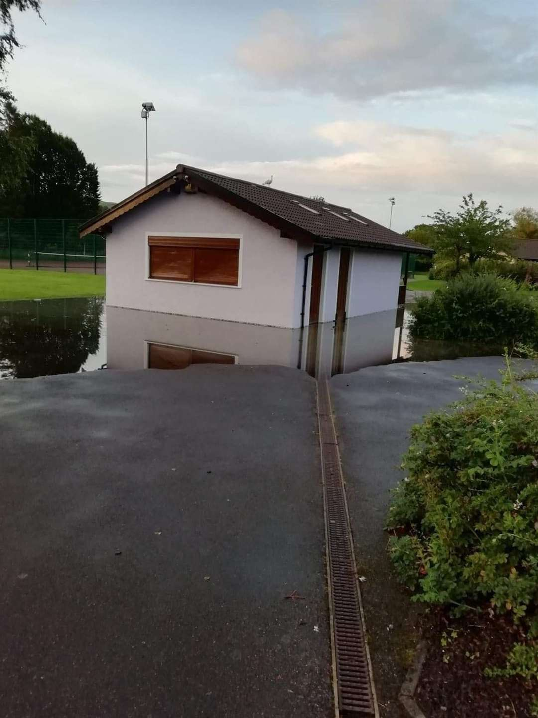 Fresh flooding in Dingwall last week ramped up the tension ahead of a public meeting in town to discuss the issue.